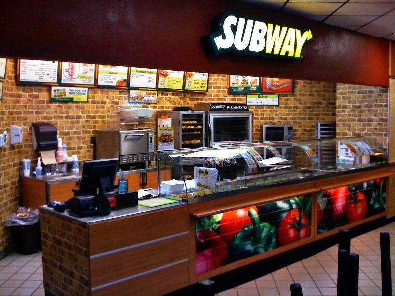 Pour confirmer sa proximité des consommateurs, l'enseigne Subway mise sur le canal digital et l'E-sport.